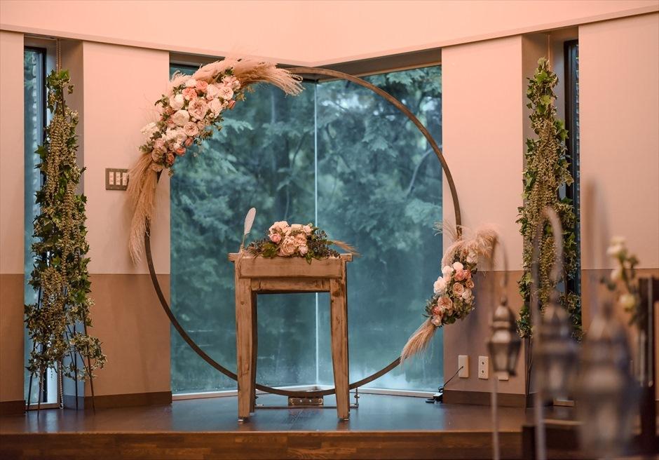 伊豆高原結婚式 静岡挙式会場装飾 ウェディングアーチ