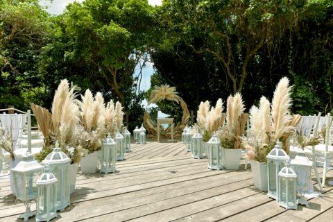 結婚式場おすすめ装花 挙式人気装飾 アウトドアウェディング